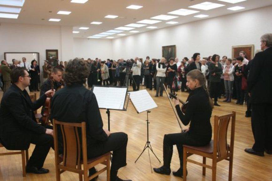 Po rekonstrukcijos atverta P.Domšaičio galerija.