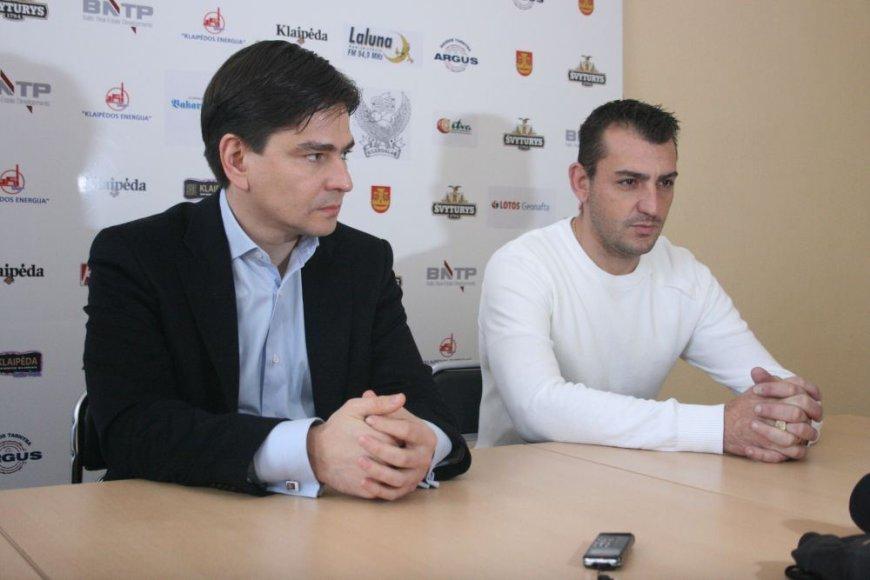 """""""Atlanto"""" vadovas Romualdas Jonaitis ir vyriausiasis treneris Sebastianas Roquesas."""