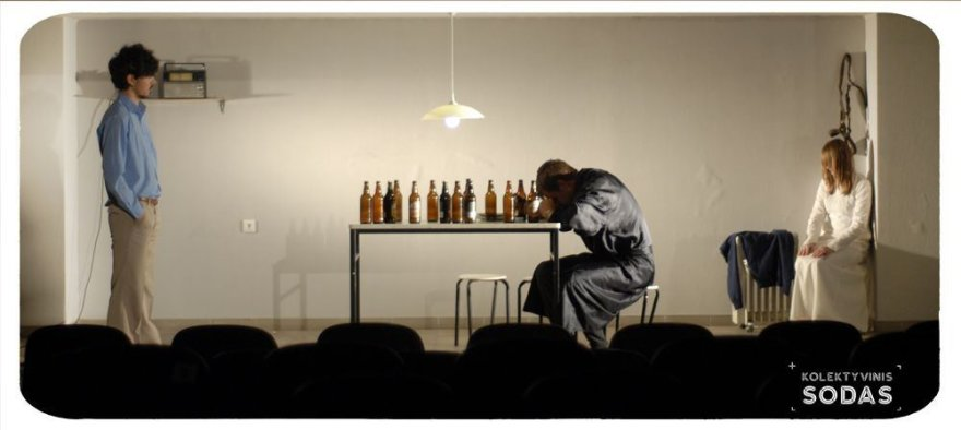 """Jauni teatralai sukūrė spektaklį iš Gintaro Grajausko tekstų """"Lietuviai""""."""