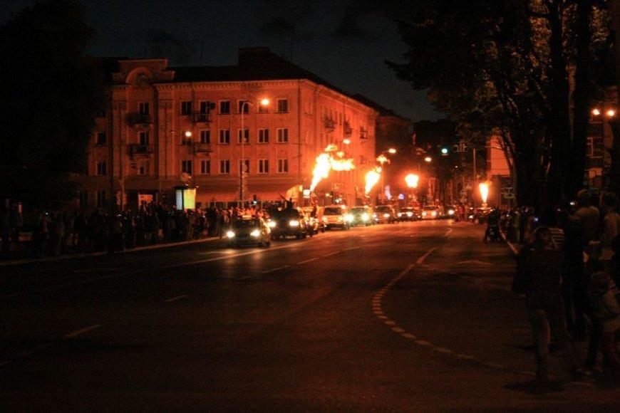 Ugningas paradas Klaipėdos gatvėse
