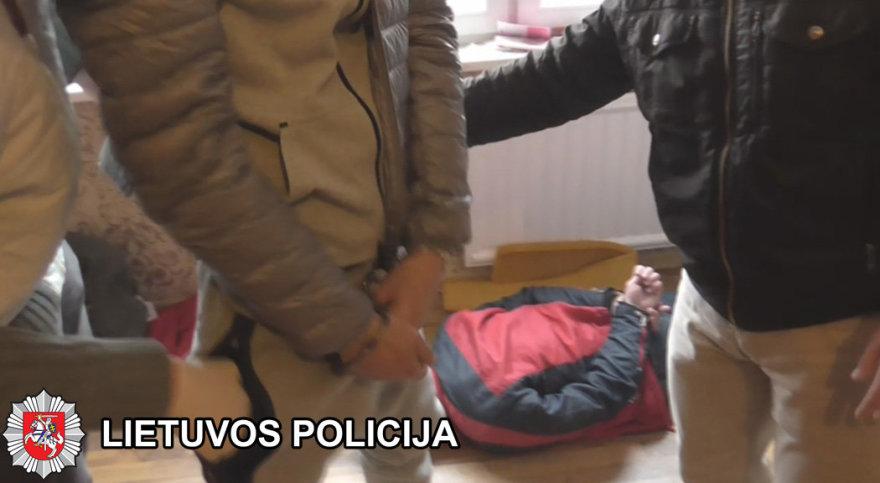 Klaipėdos VPK nuotr./Klaipėdos pareigūnai sučiupo telefoniniu sukčiavimu užsiiminėjusius asmenis.