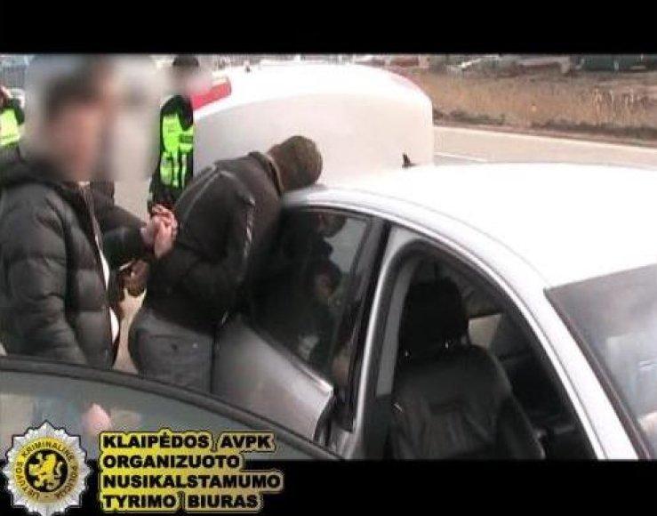 Pareigūnai sulaikė heroino platintojus.