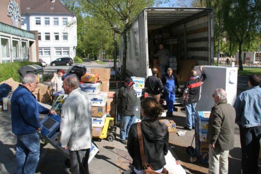 Klaipėdos Marijos Taikos Karalienės parapijos Carito globos namuose visą šią savaitę darbuojasi geradariai.
