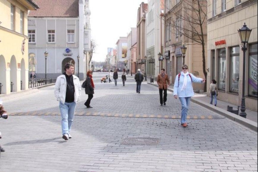 Vagys pasidarbavo Turgaus ir Tiltų gatvėse.