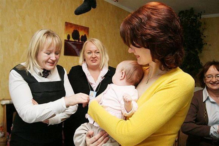 Mero žmona pasveikino trynukų susilaukusią kauniečių šeimą.
