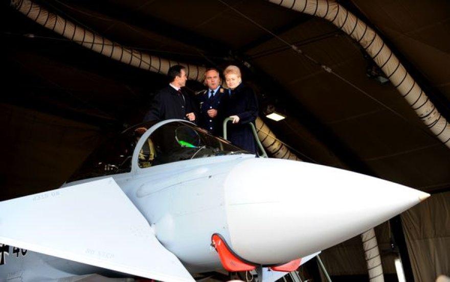 NATO dėkoja Lietuvai už indėlį atkuriant Afganistaną