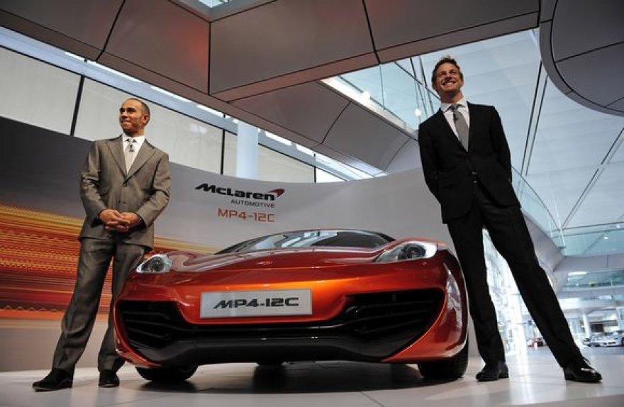 Automobilį bandė Jensonas Buttonas ir Lewisas Hamiltonas