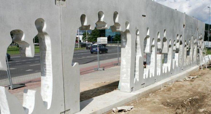 """""""Laisvės kelio"""" skulptūra"""