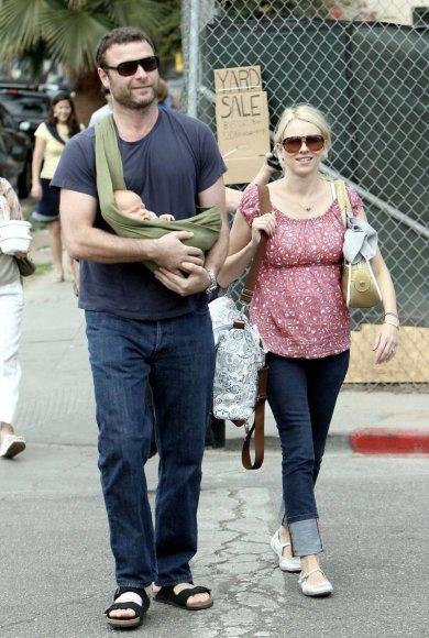 Foto naujienai: Kur slepiasi Holivudo žvaigždė Naomi Watts?
