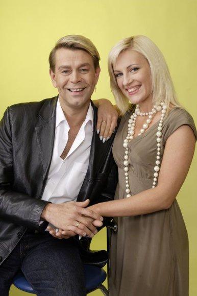 Foto naujienai: Ramunė ir Arnas Klivečkos: dovanėlė