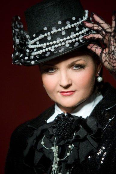 Foto naujienai: Jolanta Paulauskienė dainuoja visur kur papuola