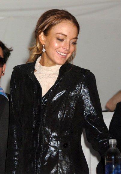 Foto naujienai: Lindsay Lohan grįžo prie vyrų