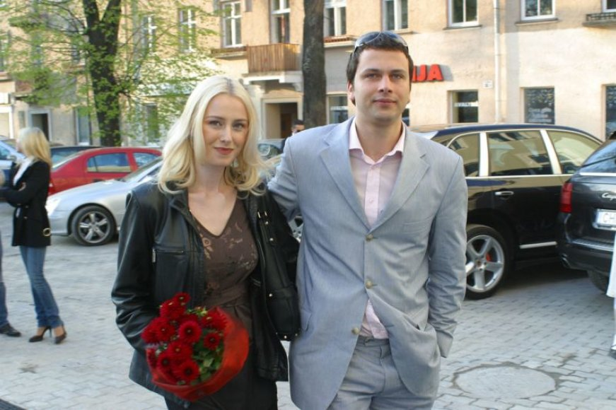Foto naujienai: Violeta Repčenkaitė-Blėdienė atostogauja su kitu vyru?