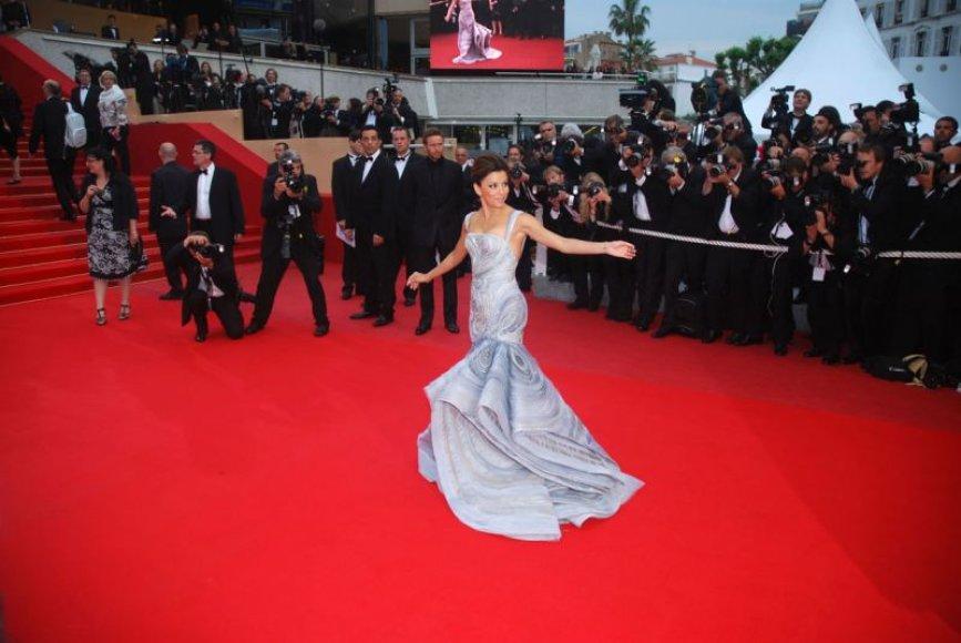Foto naujienai: 62-ojo Kanų kino festivalio užkulisiai