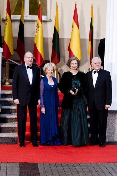 Foto naujienai: Ispanijos karališkasis vizitas. Be pompastikos