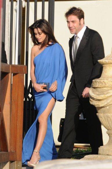 Foto naujienai: Penelope Cruz ir Javieras Bardemas. Vestuvės?