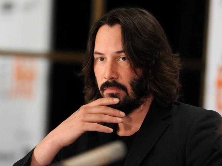 Foto naujienai: Keanu Reevesas ir Jude'as Law: vyrus gelbsti DNR tyrimas?