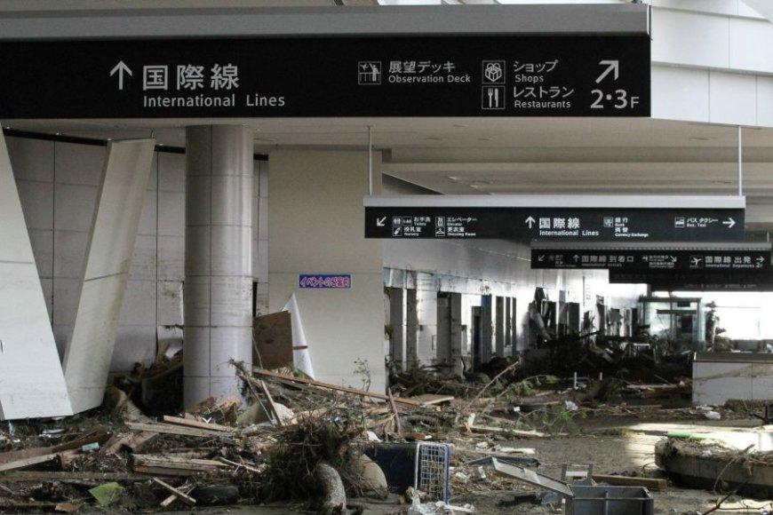 Sendai oro uostas itin nukentėjo pernai žemės drebėjimo metu.