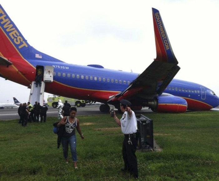 Nesėkmingai nusileidęs lėktuvas