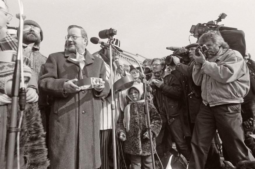 Pirmasis Kovo 11-osios metinių minėjimas 1991 metais.