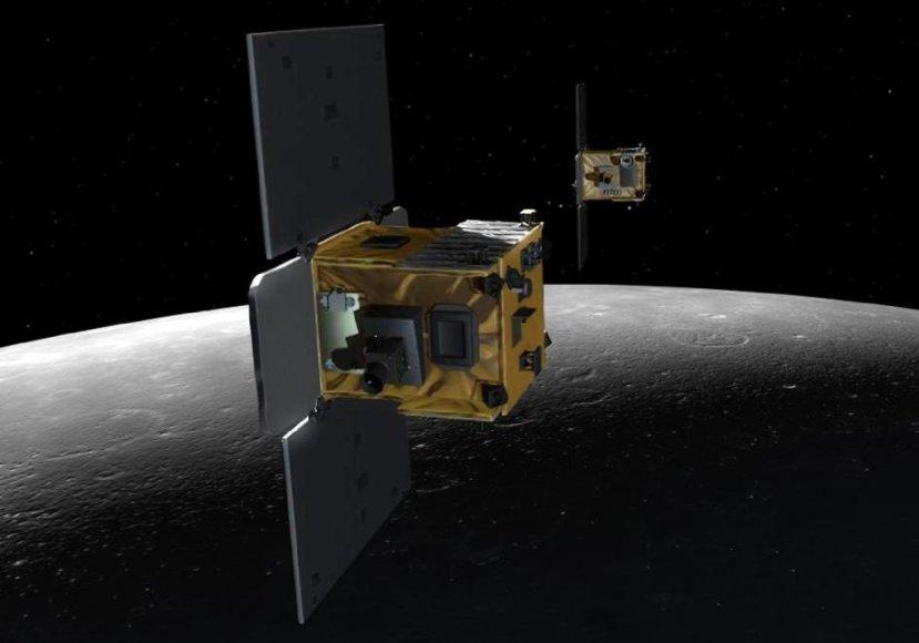 """Misijos """"Grail"""" dvyniai palydovai """"Ebb"""" ir """"Flow"""", matavę Mėnulio trauką"""
