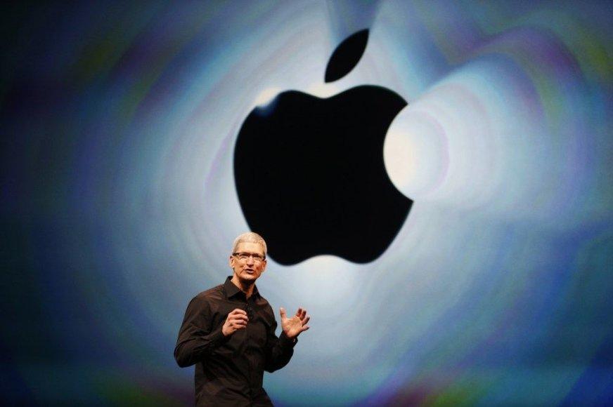 """""""Apple"""" generalinis direktorius Timas Cookas"""