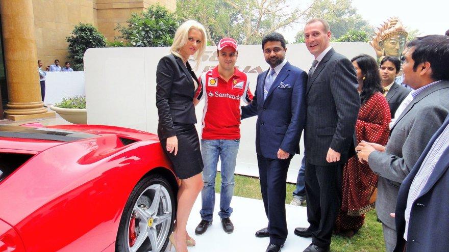 Asmeninė nuotr./Anca ir Abhishekas Vermos, Felipe Massa