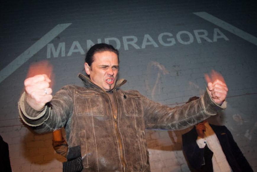 """Grupės """"Mandragora"""" lyderis Rimas Ganseniauskas patyrė skaudžią traumą"""