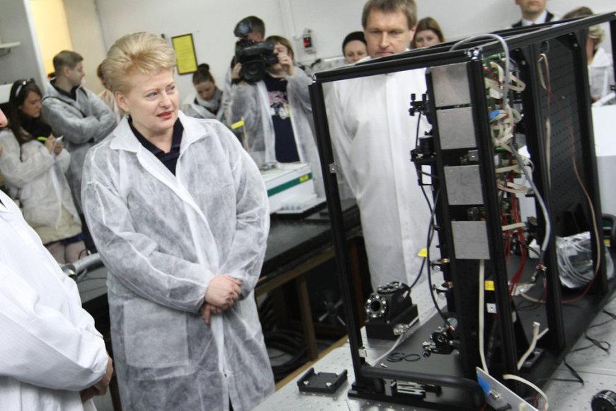 "Dalia Grybauskaitė lazerių gamykloje ""Ekspla"""