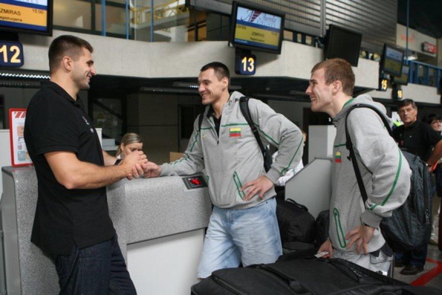Lietuvos vyrų krepšinio rinktinė Vilniaus oro uoste