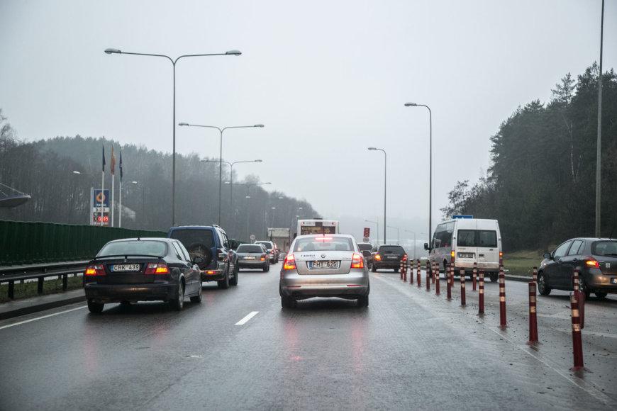 Juliaus Kalinsko / 15min nuotr./Oslo gatvė Gariūnų tilto link