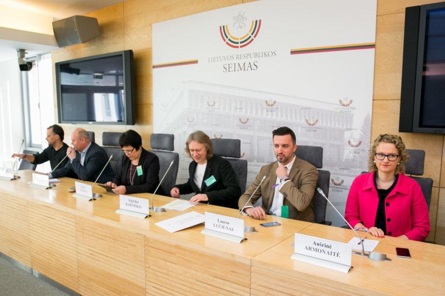 """Juliaus Kalinsko / 15min nuotr./Konferencija """"#laisvėrokenrolui"""""""
