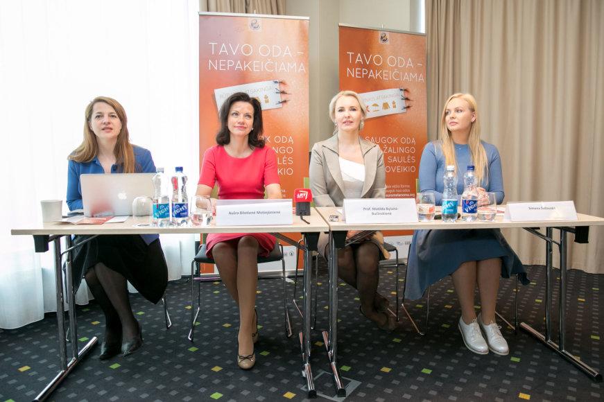 Juliaus Kalinsko / 15min nuotr./Spaudos konferencija apie odos vėžį ir melanomą