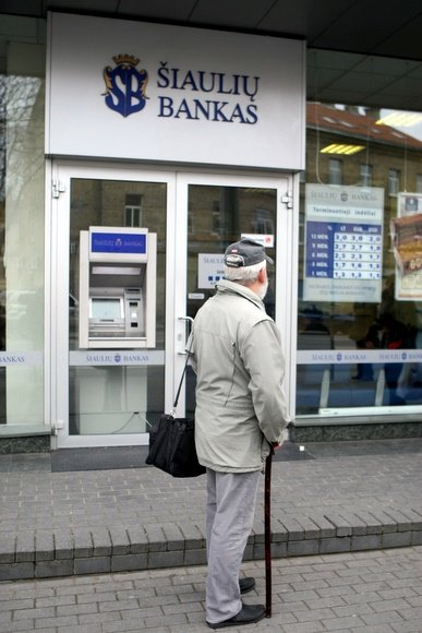 Bankai Vilniuje klientų antplūdžio ketvirtadienį nesulaukė