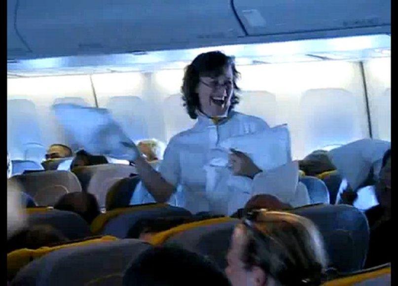 Pagalvių mūšis lėktuve