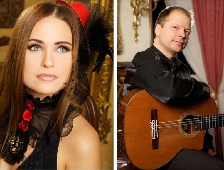 Ona Kolobovaitė ir gitaristas Aurelijus Globys
