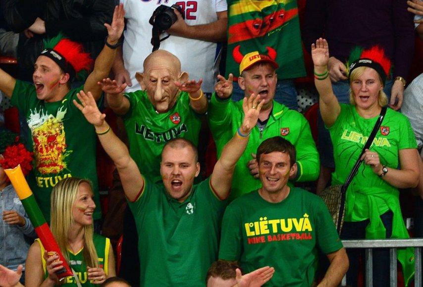 Lietuvos krepšinio rinktinės sirgaliai Londono olimpiadoje.