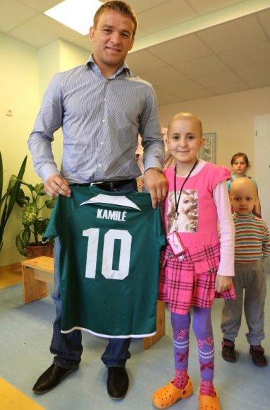 Aleksandras Kazakevičius aplankė vėžiu sergančius vaikus
