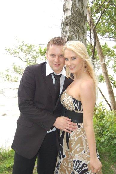 Kristina Ivanova su vaikinu