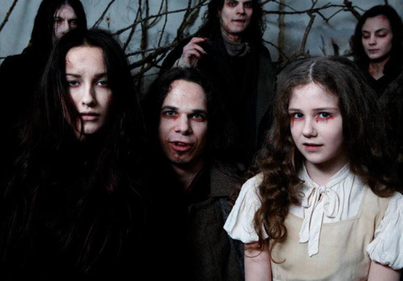Ugnė Skonsmanaitė ir Jeronimas Milius juostoje apie vampyrus