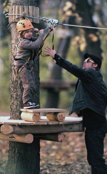 Bradas Pittas su dukra Shiloh