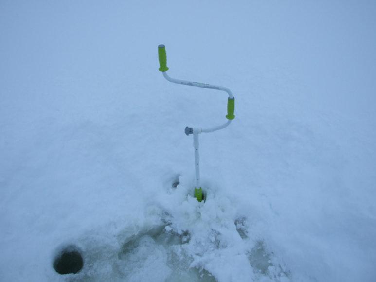 Metrinį ledą leda pajėgia skvarbyti tik geriausi pasaulyje švediški grąžtai