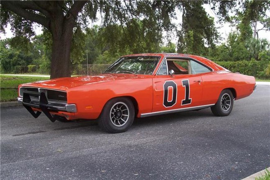 "1969 m. ""Dodge Charger"" iš serialo ""The Dukes of Hazzard"""
