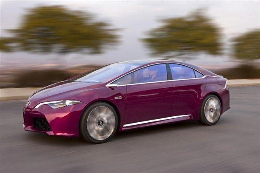 """Toyota NS4"" koncepcinis hibridas"