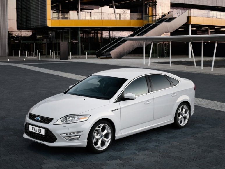 """Ford Mondeo"""