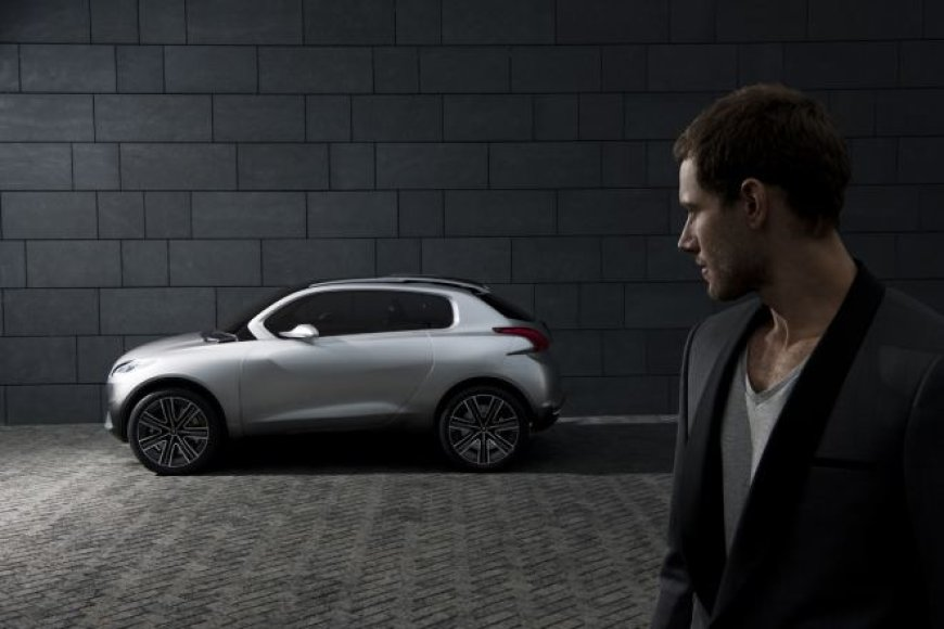 """""""Peugeot HR1 Concept"""" skirtas aktyviam miestiečiui"""