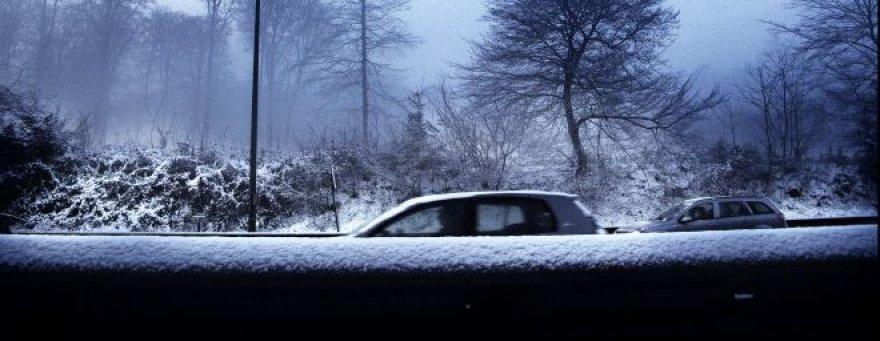Saugiai vairuoti žiemą gali visi
