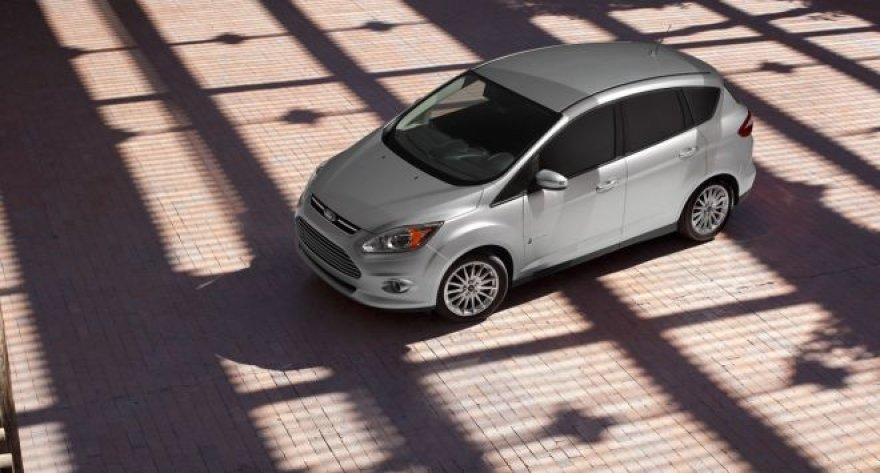 """Ford C-Max Hybrid"""