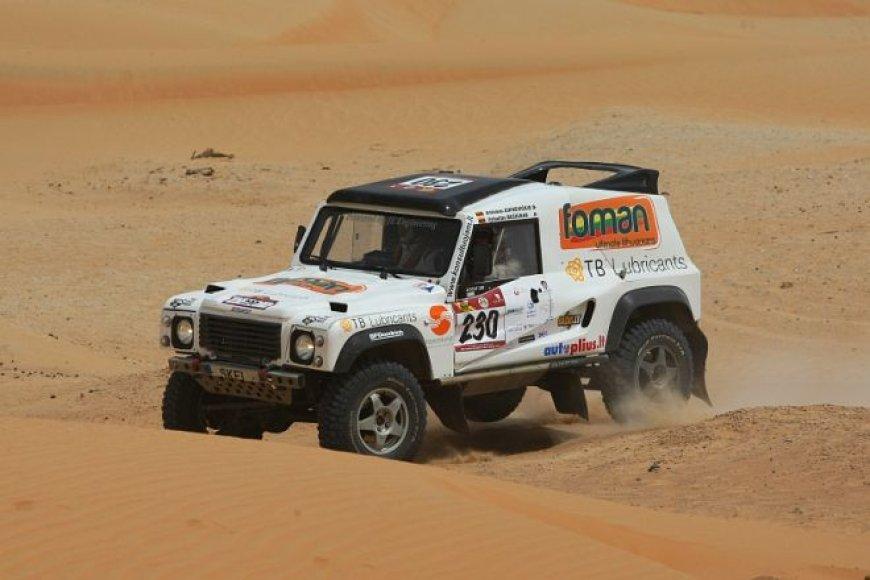 """Abu Dhabi desert challenge"" – pirmasis greičio ruožas"