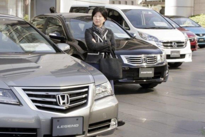 Japonijos naujų automobilių rinka išgyvena sunkumus